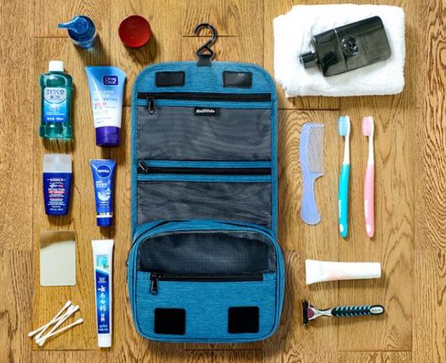 Các sản phẩm làm sạch chắc chắn không thể thiếu trong túi đồ của chúng ta