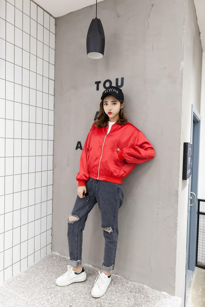 áo bomber đỏ